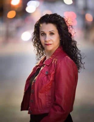 Author Gina Conroy